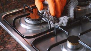 como tirar gordura do fogão