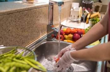 Saiba como fazer a higienização de frutas e verduras
